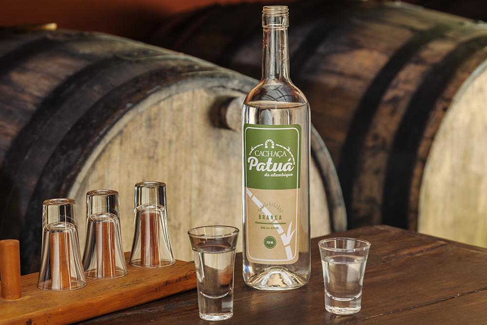 Cachaça Patuá - Fotografia de produto e bebidas Pedro Sales - PS Foto Design